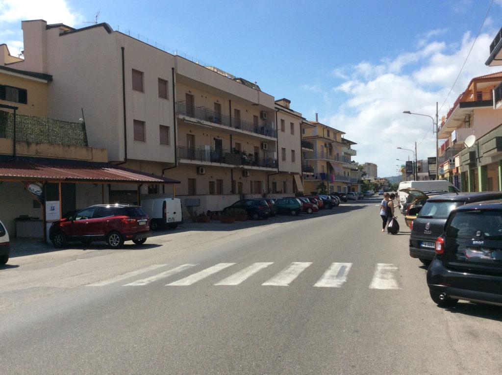 Strada principale 1